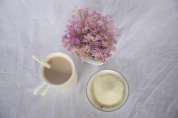 如何自己在家制作奶茶?